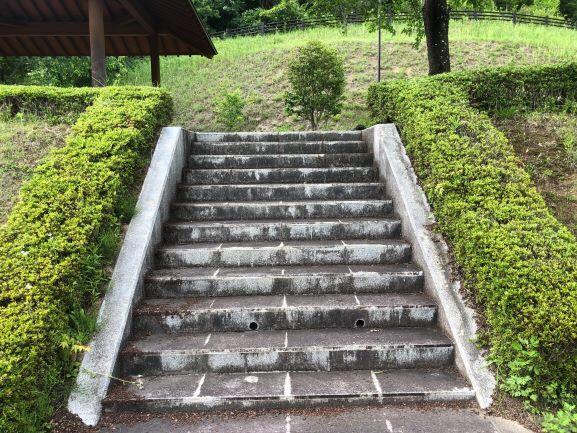 ★中池階段.jpg